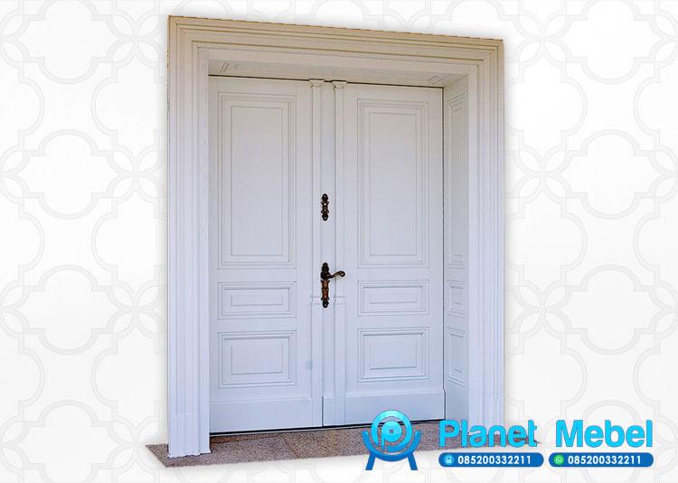 Pintu Rumah Kupu Tarung Minimalis Modern Putih